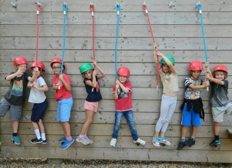 A picture of children at High Ashurst enjoying a Team Adventure